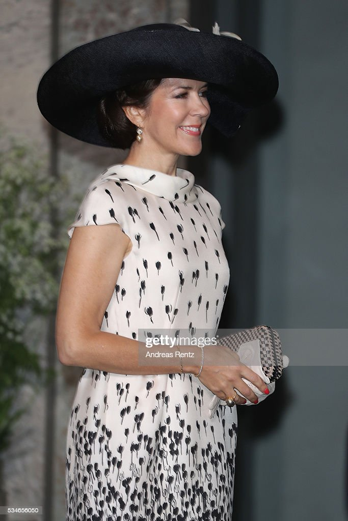 <a gi-track='captionPersonalityLinkClicked' href=/galleries/search?phrase=Crown+Princess+Mary+of+Denmark&family=editorial&specificpeople=158374 ng-click='$event.stopPropagation()'>Crown Princess Mary of Denmark</a> is seen at the christening of Prince Oscar of Sweden at Royal Palace of Stockholm on May 27, 2016 in Stockholm, Sweden.