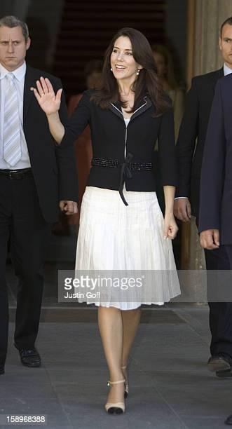 Crown Princess Mary Of Denmark Visits PragueVisit To Prague Castle