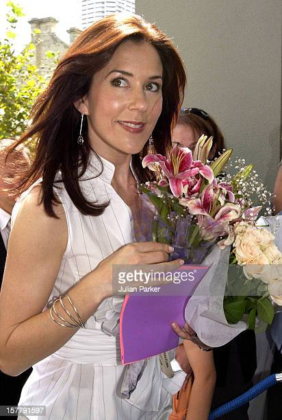 Crown Princess Mary Of Denmark Visits The Victor Chang Cardiac Research Institute In Darlighurst Sydney During A 2Week Visit To Australia With Crown...