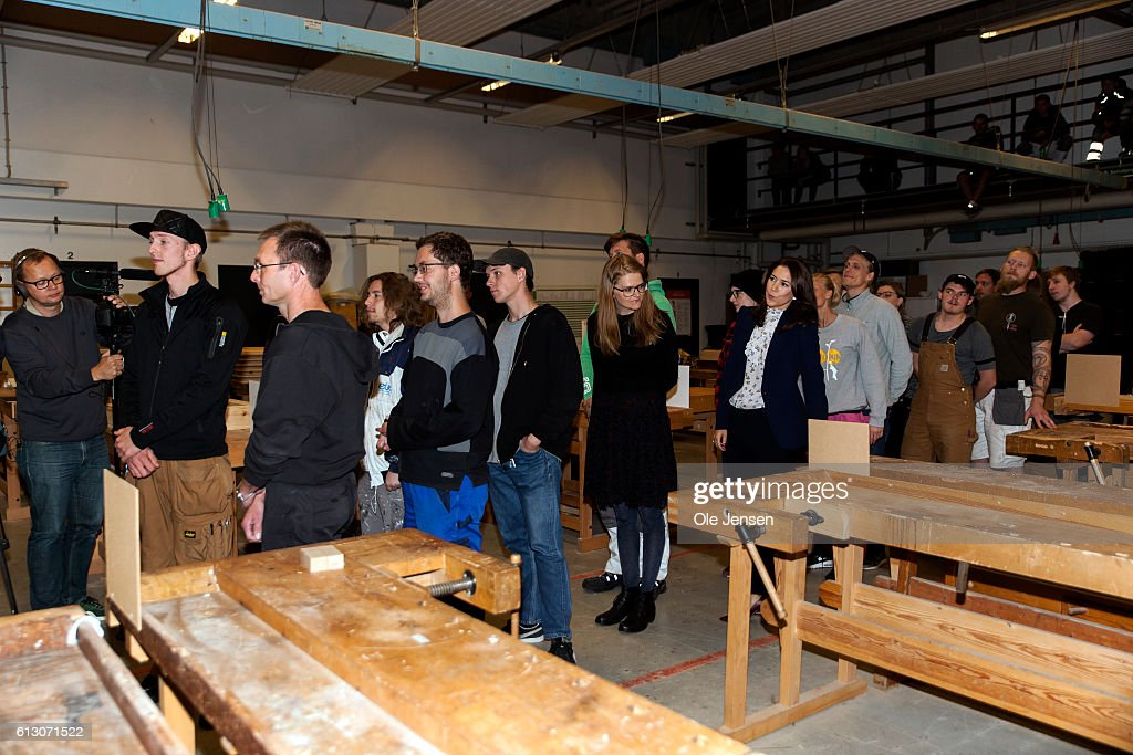 crown-princess-mary-visits-roskilde-vocational-school-which-sets-to-picture-id613071522