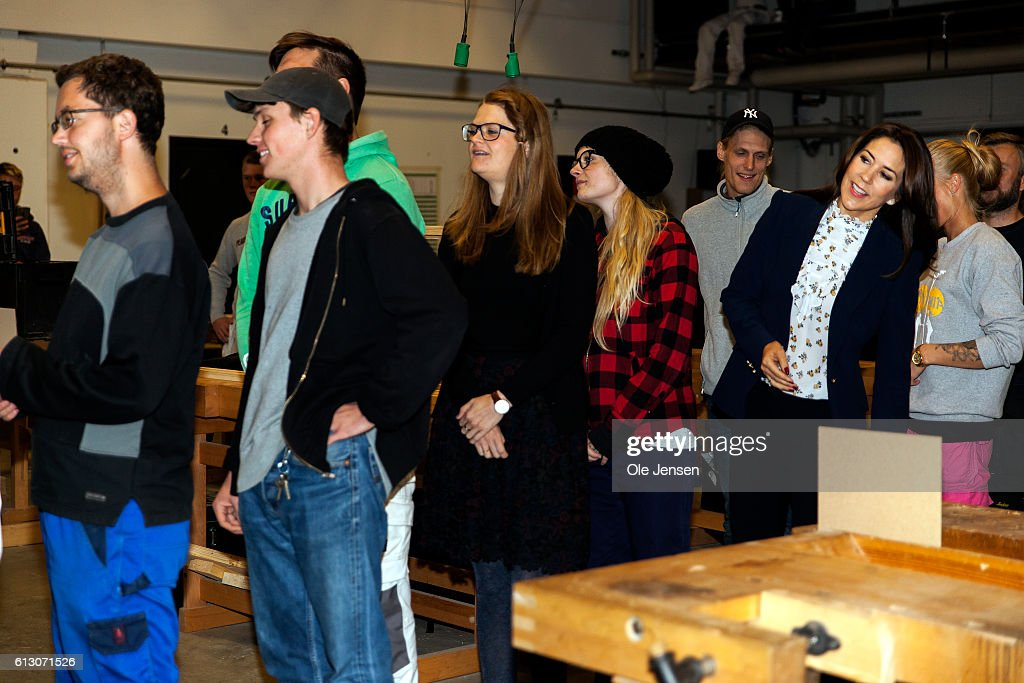 crown-princess-mary-visits-roskilde-vocational-school-which-sets-to-picture-id613071526