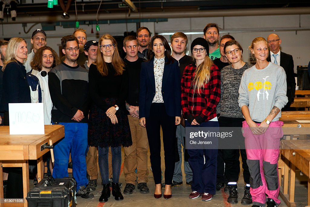 crown-princess-mary-visits-roskilde-vocational-school-which-sets-to-picture-id613071538