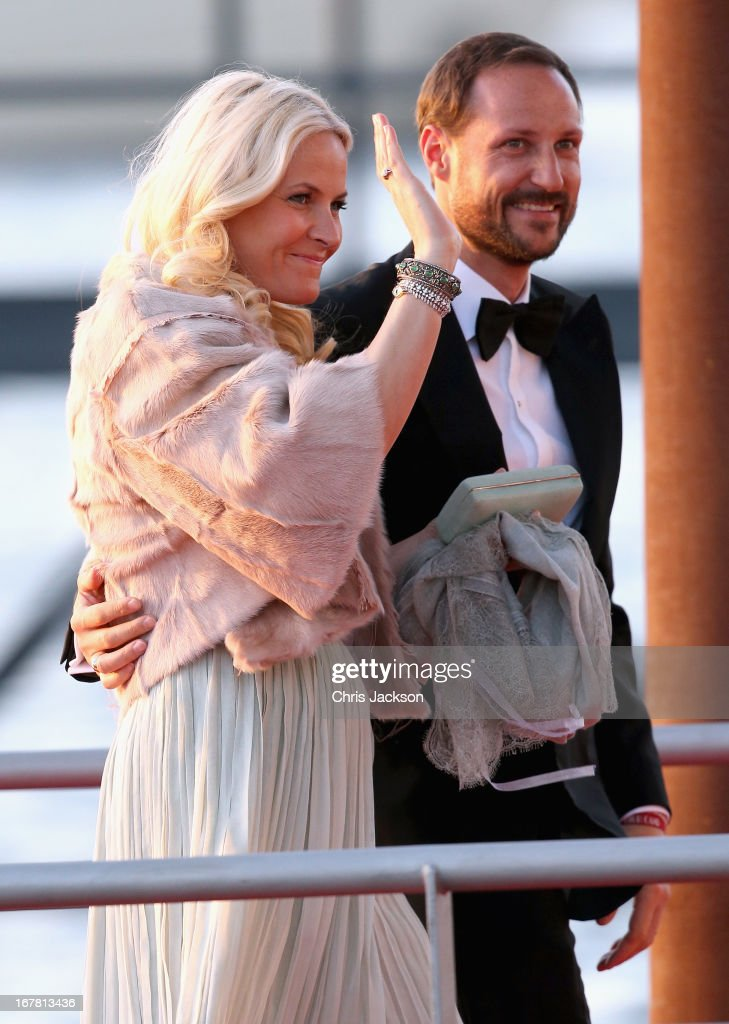 <a gi-track='captionPersonalityLinkClicked' href=/galleries/search?phrase=Crown+Princess+Mette-Marit&family=editorial&specificpeople=171288 ng-click='$event.stopPropagation()'>Crown Princess Mette-Marit</a> of Norway and Crown Prince Haakon arrive at the Muziekbouw following the water pageant after the abdication of Queen Beatrix of the Netherlands and the Inauguration of King Willem Alexander of the Netherlands on April 30, 2013 in Amsterdam, Netherlands.