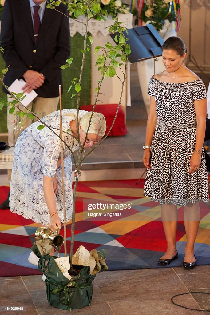 Crown Princess Mette-Marit of Norway and Crown Princess Victoria of Sweden take Part in Climate Pilgrimage on August 22, 2015 in Stromstad, Sweden.