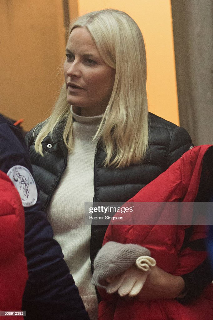 <a gi-track='captionPersonalityLinkClicked' href=/galleries/search?phrase=Crown+Princess+Mette-Marit&family=editorial&specificpeople=171288 ng-click='$event.stopPropagation()'>Crown Princess Mette-Marit</a> of Norway attends Holmenkollen FIS World Cup Nordic on February 7, 2016 in Oslo, Norway.