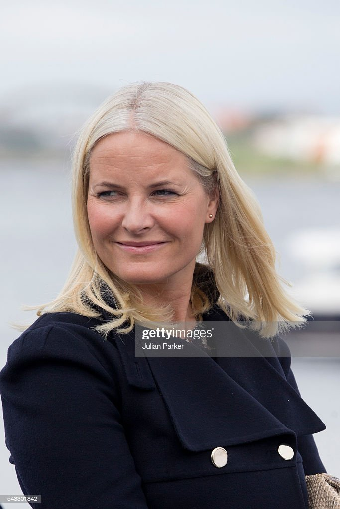 <a gi-track='captionPersonalityLinkClicked' href=/galleries/search?phrase=Crown+Princess+Mette-Marit&family=editorial&specificpeople=171288 ng-click='$event.stopPropagation()'>Crown Princess Mette-Marit</a> of Norway, on a visit to Stavanger, during the King and Queen of Norway's Silver Jubilee Tour, on June 27, 2016 in Stavanger, Norway.
