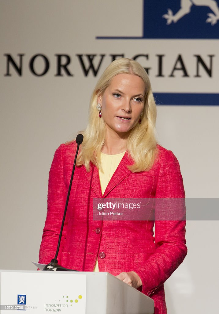 Crown Princess Mette-Marit of Norway speaks at a Business Plenary session, Indonesia-Norway, Strategic partnership in Business, at The Shangri-La Hotel, Jakarta, during an official 3-day visit to Indonesia, on November 27, 2012 in Jakarta, Indonesia. The visit intends to strengthen and develop the existing relationship between the countries, especially in relation to the energy, maritime, trade and investment sectors.