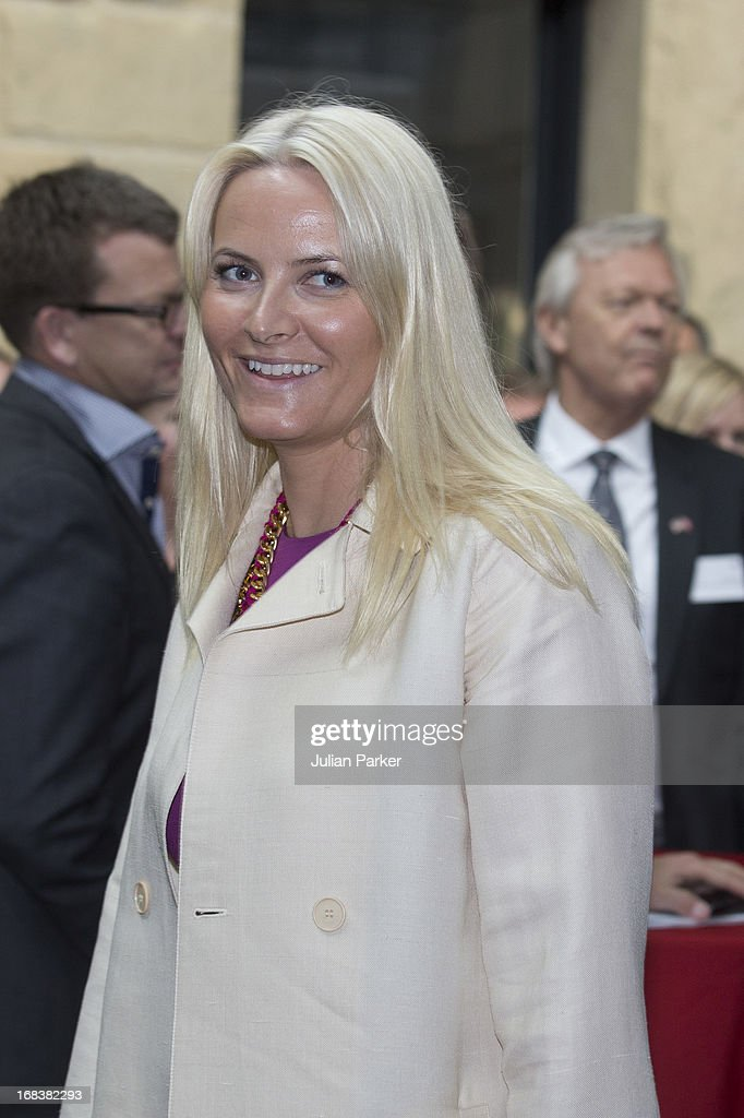 Crown Princess Mette-Marit of Norway visits Stanford University, greeted by the University's President John Hennessy, during day four of their week long visit to the USA, on May 8, 2013 in Stanford, United States. The visit by TRH aims to promote Norwegian innovation and to celebrate 40 years of Norwegian participation at the annual Offshore Technology Conference.