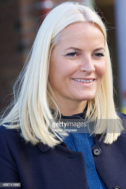 Crown Princess MetteMarit of Norway visits Trivselslederne at Runni Comprehensive School on October 6 2014 in Arnes Norway