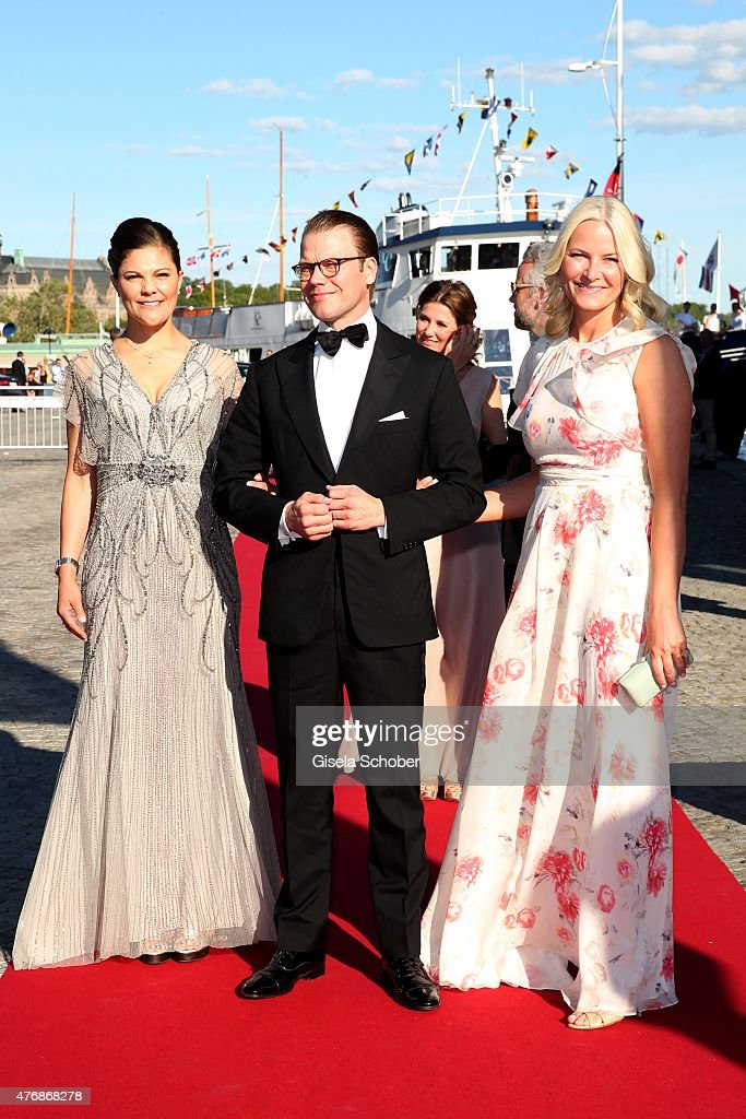 <a gi-track='captionPersonalityLinkClicked' href=/galleries/search?phrase=Crown+Princess+Victoria+of+Sweden&family=editorial&specificpeople=160266 ng-click='$event.stopPropagation()'>Crown Princess Victoria of Sweden</a> and her husband Daniel, Duke of Vastergotland, Crown Princess Mette Marit of Norway arrive for the private Pre-Wedding Dinner of Swedish Prince Carl Philip and Sofia Hellqvist on June 12, 2015 in Stockholm, Sweden.