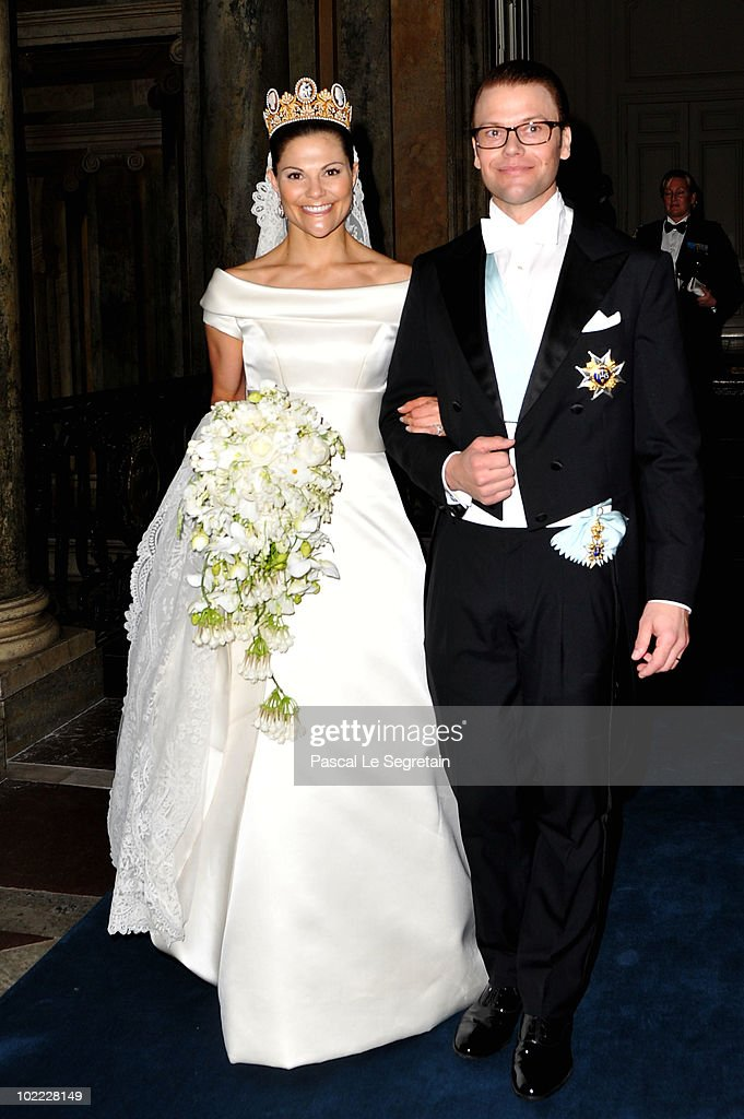 <a gi-track='captionPersonalityLinkClicked' href=/galleries/search?phrase=Crown+Princess+Victoria+of+Sweden&family=editorial&specificpeople=160266 ng-click='$event.stopPropagation()'>Crown Princess Victoria of Sweden</a> and her husband prince Daniel attend their wedding banquet at the Royal Palace on June 19, 2010 in Stockholm, Sweden.