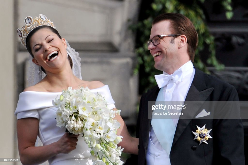 Crown Princess Victoria of Sweden and her husband prince Daniel attend their wedding banquet at the Royal Palace on June 19, 2010 in Stockholm, Sweden.