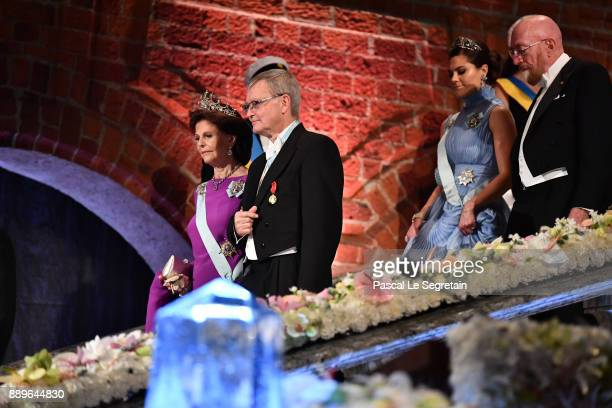 Crown Princess Victoria of Sweden and Kip S Thorne laureate of the Nobel Prize in physics and Queen Silvia of Sweden and Joachim Frank laureate of...