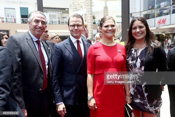 Crown Princess Victoria of Sweden and Prince Daniel of Sweden visit a HM store at Jockey Plaza on October 19 2015 in Lima Peru