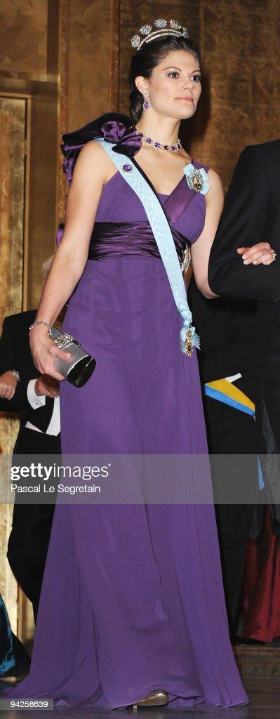 Crown Princess Victoria of Sweden arrives during the Nobel Foundation Prize Banquet 2009 at the Town Hall on December 10 2009 in Stockholm Sweden