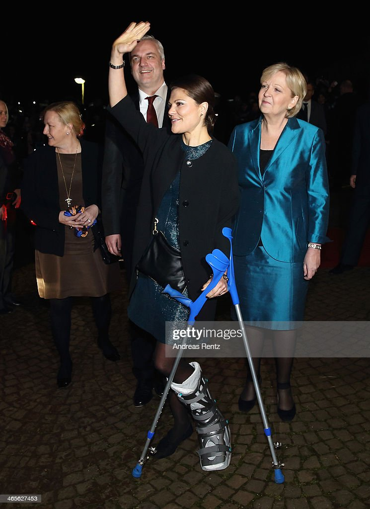 Crown Princess Victoria of Sweden arrives for a dinner with Hannelore Kraft (R), Governor of North Rhine-Westphalia during her visit to North Rhine-Westphalia at Castle of Eller on January 28, 2014 in Dusseldorf, Germany.
