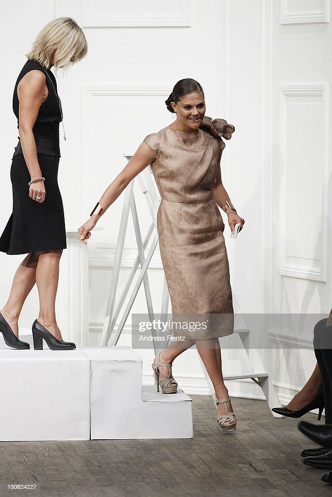 <a gi-track='captionPersonalityLinkClicked' href=/galleries/search?phrase=Crown+Princess+Victoria+of+Sweden&family=editorial&specificpeople=160266 ng-click='$event.stopPropagation()'>Crown Princess Victoria of Sweden</a> attends the Fadi El Khoury S/S 2013 Fashion Show during the Mercedes-Benz Stockholm Fashion Week at Berns on August 27, 2012 in Stockholm, Sweden.