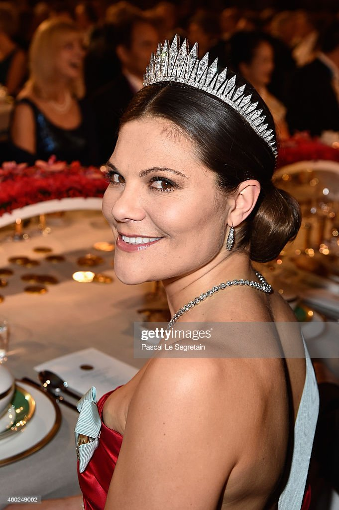 <a gi-track='captionPersonalityLinkClicked' href=/galleries/search?phrase=Crown+Princess+Victoria+of+Sweden&family=editorial&specificpeople=160266 ng-click='$event.stopPropagation()'>Crown Princess Victoria of Sweden</a> attends the Nobel Prize Banquet 2014 at City Hall on December 10, 2014 in Stockholm, Sweden.