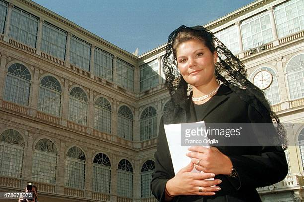 Crown Princess Victoria of Sweden leaves from the San Damaso courtyard after a meeting with Pope John Paul II at his private library in the Apostolic...