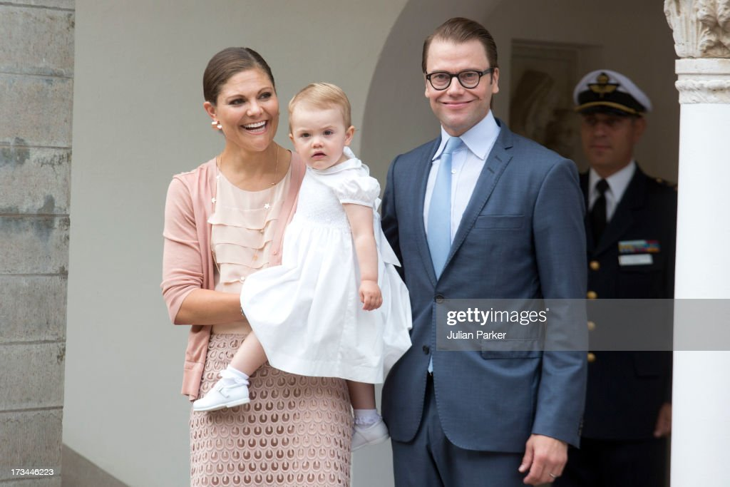 <a gi-track='captionPersonalityLinkClicked' href=/galleries/search?phrase=Crown+Princess+Victoria+of+Sweden&family=editorial&specificpeople=160266 ng-click='$event.stopPropagation()'>Crown Princess Victoria of Sweden</a>, Prince Daniel of Sweden, and their daughter <a gi-track='captionPersonalityLinkClicked' href=/galleries/search?phrase=Princess+Estelle&family=editorial&specificpeople=8948207 ng-click='$event.stopPropagation()'>Princess Estelle</a> of Sweden attend the Victoria Day celebrations, on the Crown Princess's 36th Birthday, at Solliden on July 14, 2013 in Borgholm, Sweden.
