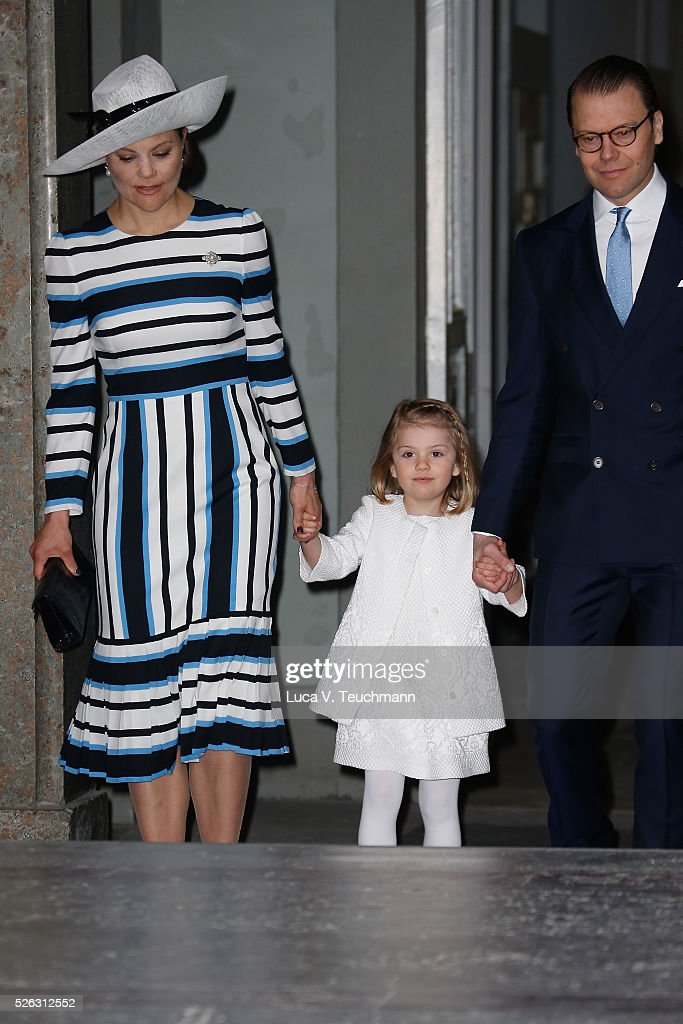 <a gi-track='captionPersonalityLinkClicked' href=/galleries/search?phrase=Crown+Princess+Victoria+of+Sweden&family=editorial&specificpeople=160266 ng-click='$event.stopPropagation()'>Crown Princess Victoria of Sweden</a>, <a gi-track='captionPersonalityLinkClicked' href=/galleries/search?phrase=Princess+Estelle&family=editorial&specificpeople=8948207 ng-click='$event.stopPropagation()'>Princess Estelle</a> and Prince Daniel of Sweden arrive at the Royal Palace to attend Te Deum Thanksgiving Service to celebrate the 70th birthday of King Carl Gustaf of Sweden on April 30, 2016 in Stockholm, Sweden.