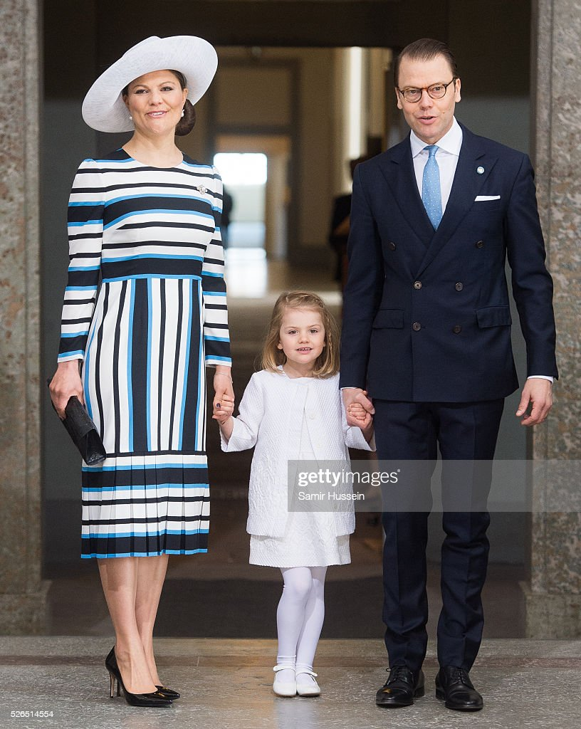 <a gi-track='captionPersonalityLinkClicked' href=/galleries/search?phrase=Crown+Princess+Victoria+of+Sweden&family=editorial&specificpeople=160266 ng-click='$event.stopPropagation()'>Crown Princess Victoria of Sweden</a>, <a gi-track='captionPersonalityLinkClicked' href=/galleries/search?phrase=Princess+Estelle&family=editorial&specificpeople=8948207 ng-click='$event.stopPropagation()'>Princess Estelle</a> of Sweden and Prince Daniel of Sweden arrive at the Royal Palace to attend Te Deum Thanksgiving Service to celebrate the 70th birthday of King Carl Gustaf of Sweden on April 30, 2016 in Stockholm, Sweden.