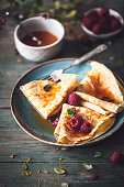 Crêpe Suzette Sauce agrumes et Rhum et Framboises pour la Chandeleur
