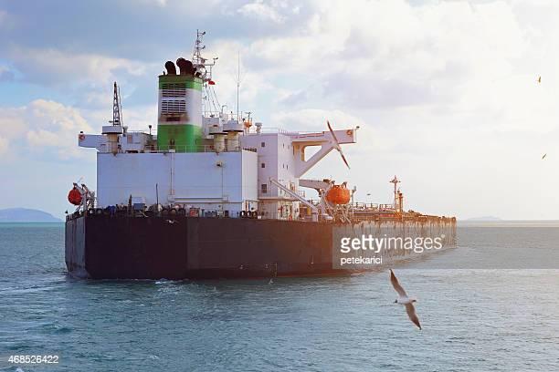 原油石油タンカー