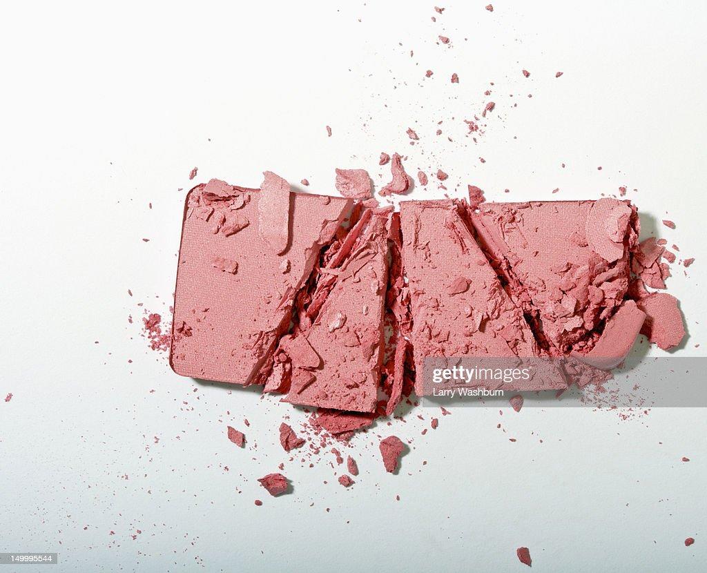 Crushed powder blush