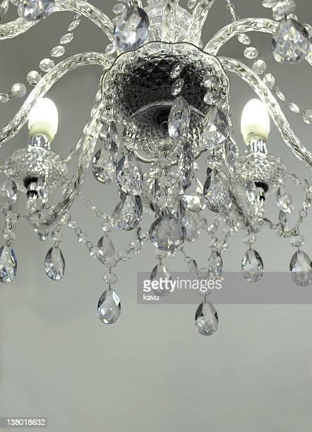Lustre en cristal avec lumineux espace de copie