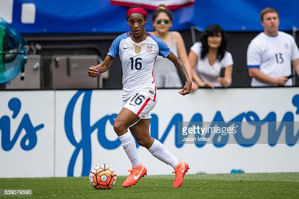 Crystal Dunn of the US Women's National Team controls the ball during the first half of a friendly match against Japan on June 5 2016 at FirstEnergy...