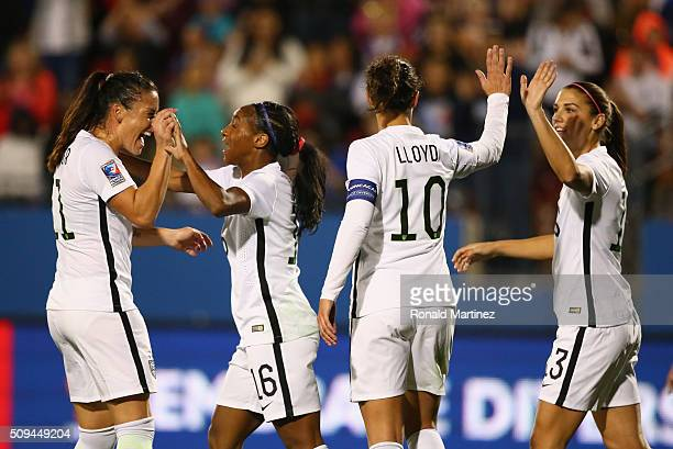 Crystal Dunn of USA celebrates her goal with Ali Krieger Carli Lloyd and Alex Morgan against Costa Rica during 2016 CONCACAF Women's Olympic...