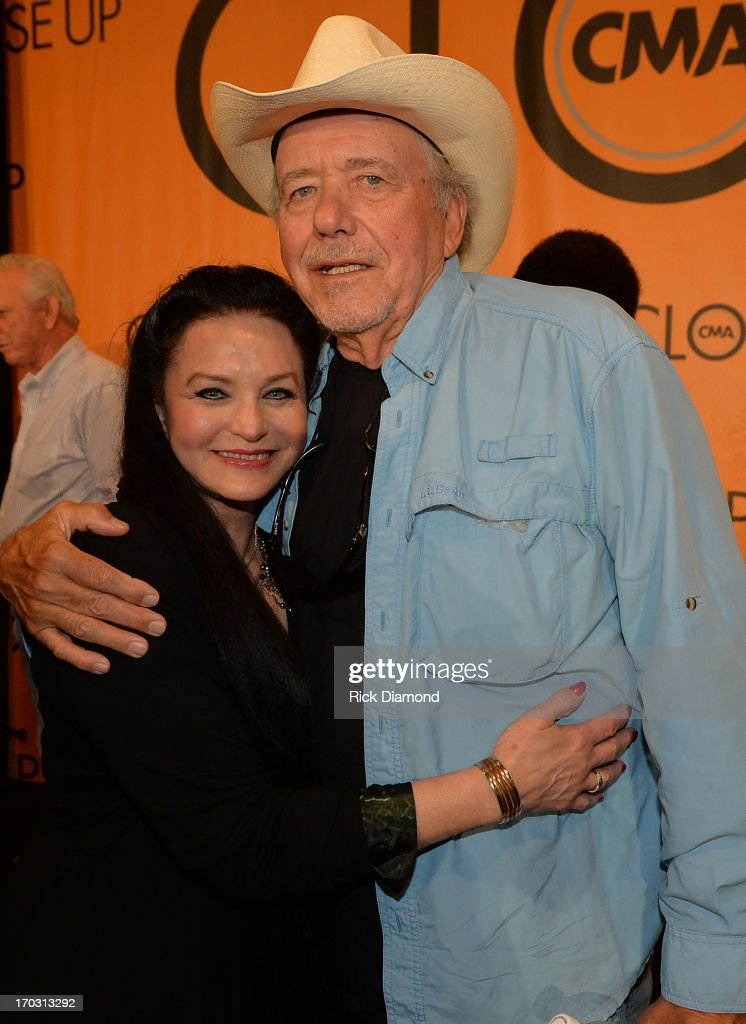 <a gi-track='captionPersonalityLinkClicked' href=/galleries/search?phrase=Crystal+Gayle&family=editorial&specificpeople=1537366 ng-click='$event.stopPropagation()'>Crystal Gayle</a> and Bobby Bare appear at CMA Close Up Stage: 70's Heritage Panel at Music City Convention Center on June 6, 2013 in Nashville, Tennessee.