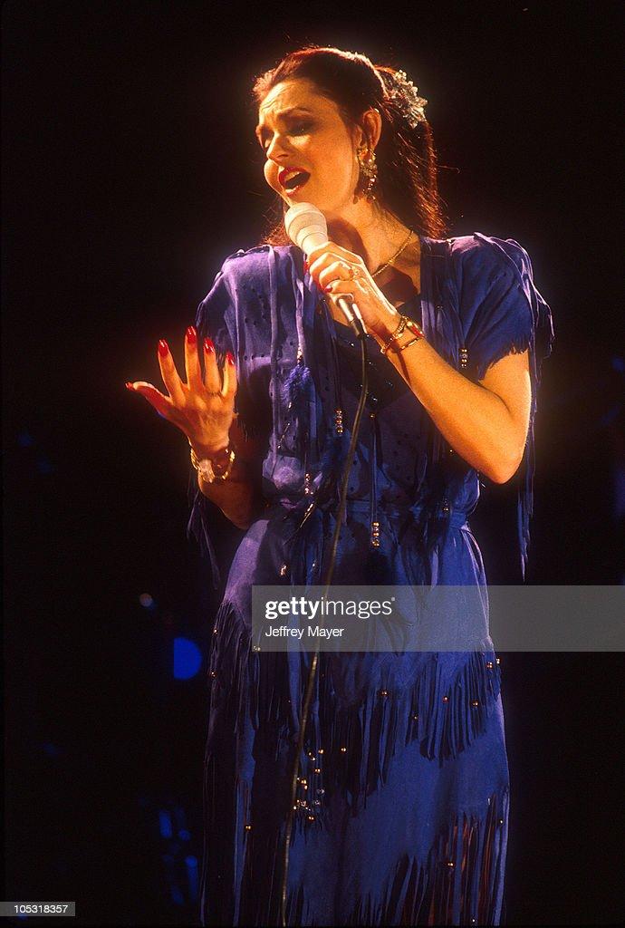 Crystal Gayle in Concert 1994