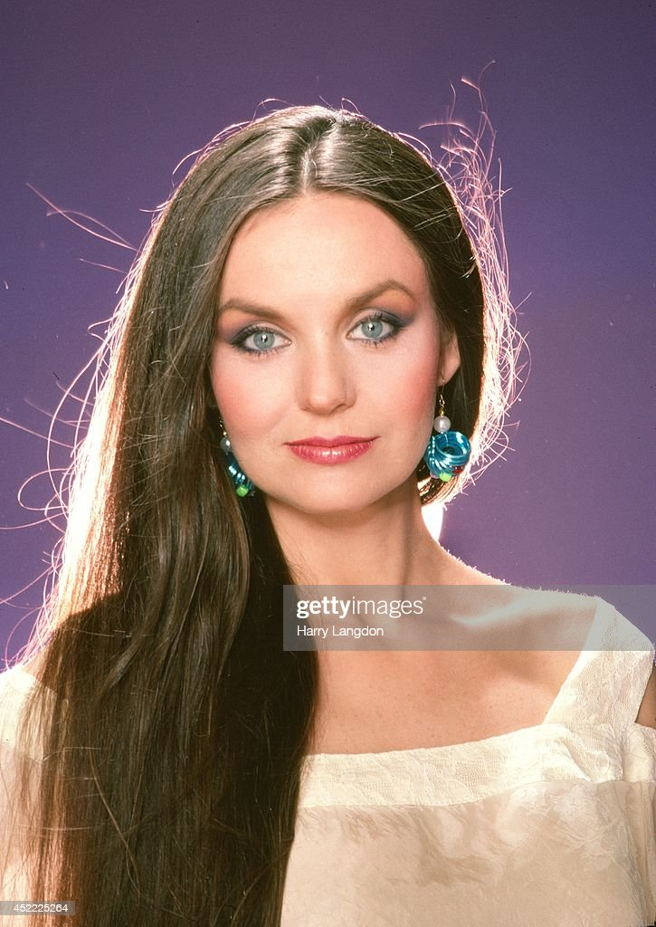 <a gi-track='captionPersonalityLinkClicked' href=/galleries/search?phrase=Crystal+Gayle&family=editorial&specificpeople=1537366 ng-click='$event.stopPropagation()'>Crystal Gayle</a> poses for a portrait in 1986 in Los Angeles, California.
