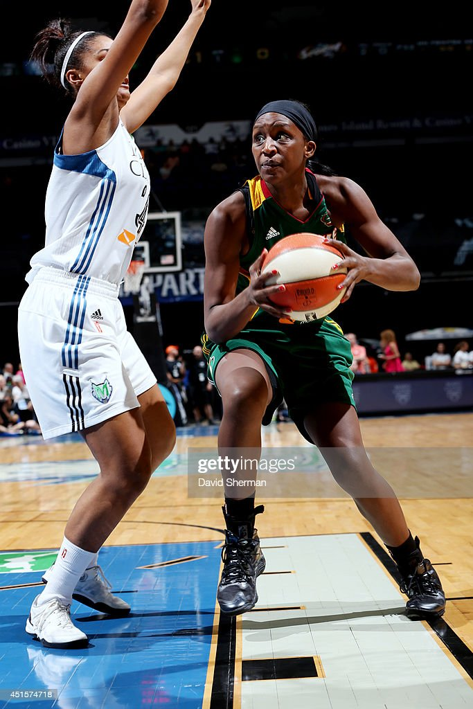 <a gi-track='captionPersonalityLinkClicked' href=/galleries/search?phrase=Crystal+Langhorne&family=editorial&specificpeople=700514 ng-click='$event.stopPropagation()'>Crystal Langhorne</a> #1 of the Seattle Storm drives against the Minnesota Lynxon June 29, 2014 at Target Center in Minneapolis, Minnesota.