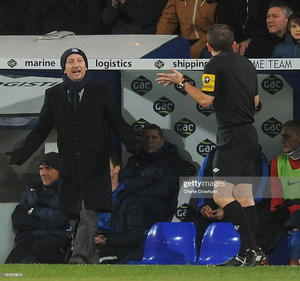 Crystal Palace manager <a gi-track='captionPersonalityLinkClicked' href=/galleries/search?phrase=Ian+Holloway&family=editorial&specificpeople=235580 ng-click='$event.stopPropagation()'>Ian Holloway</a> shouts at referee Kevin Stroud during the npower Championship match between Crystal Palace and Blackpool at Selhurt Park on December 08, 2012 in London, England.