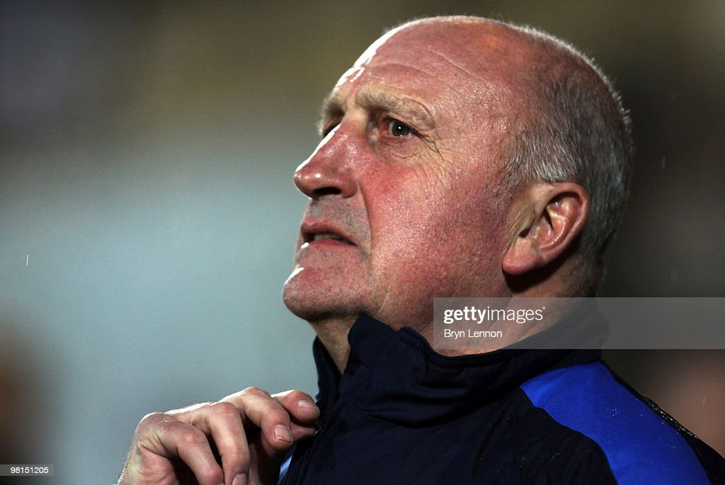 http://media.gettyimages.com/photos/crystal-palace-manager-paul-hart-looks-on-prior-to-during-the-picture-id98151205