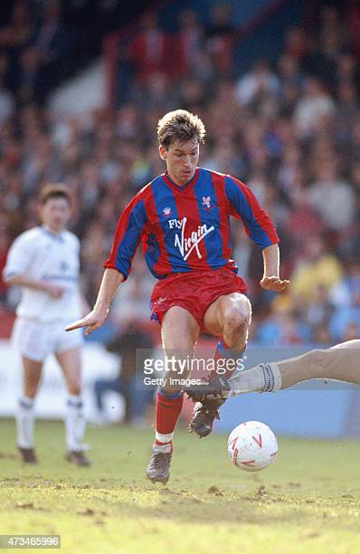 Crystal Palace player Alan Pardew in action during a Division One match between Crystal Palace and Chelsea at Selhurst Park on December 26 1989 in...