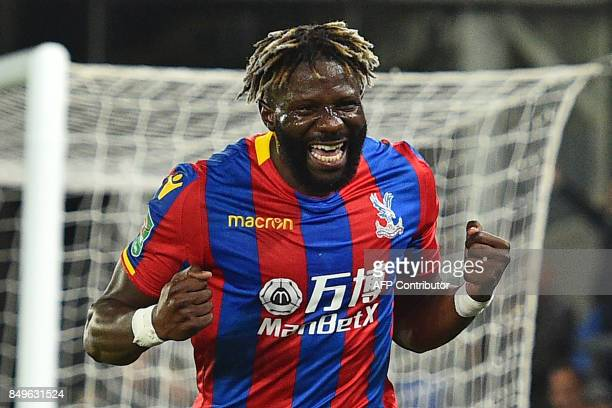 Crystal Palaces Frenchborn Malian midfielder Bakary Sako celebrates after scoring the opening goal of the English League Cup third round football...