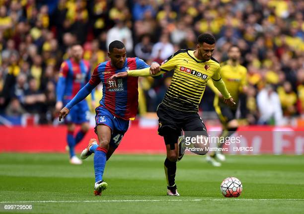 Crystal Palace's Jason Puncheon and Watford's Etienne Capoue battle for the ball