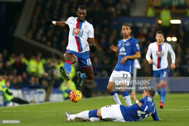Crystal Palace's Yannick Bolasie and Everton's Ramiro Funes Mori battle for the ball