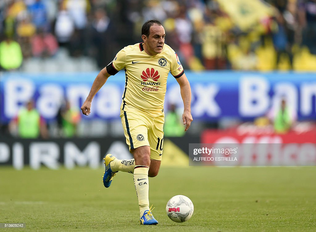Cuauhtemoc Blanco of America controls the ball during their Mexican ...