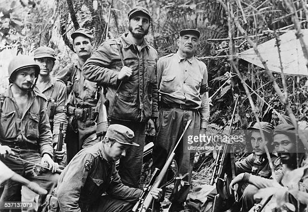 Cuba Revolution 1958/59 Fidel Castro Politician Cuba Head of Government 1959 Head of State 1976 Fidel Castro with his command staff in a secret...