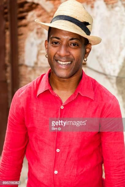 Kubanische Mann in Panama Hut, Malecon, Havanna, Kuba