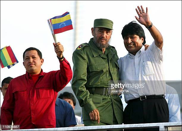 Cuban President Fidel Castro Bolivian President Evo Morales and Venezuelan President Hugo Chavez wave to the crowd during a meeting between the 3...