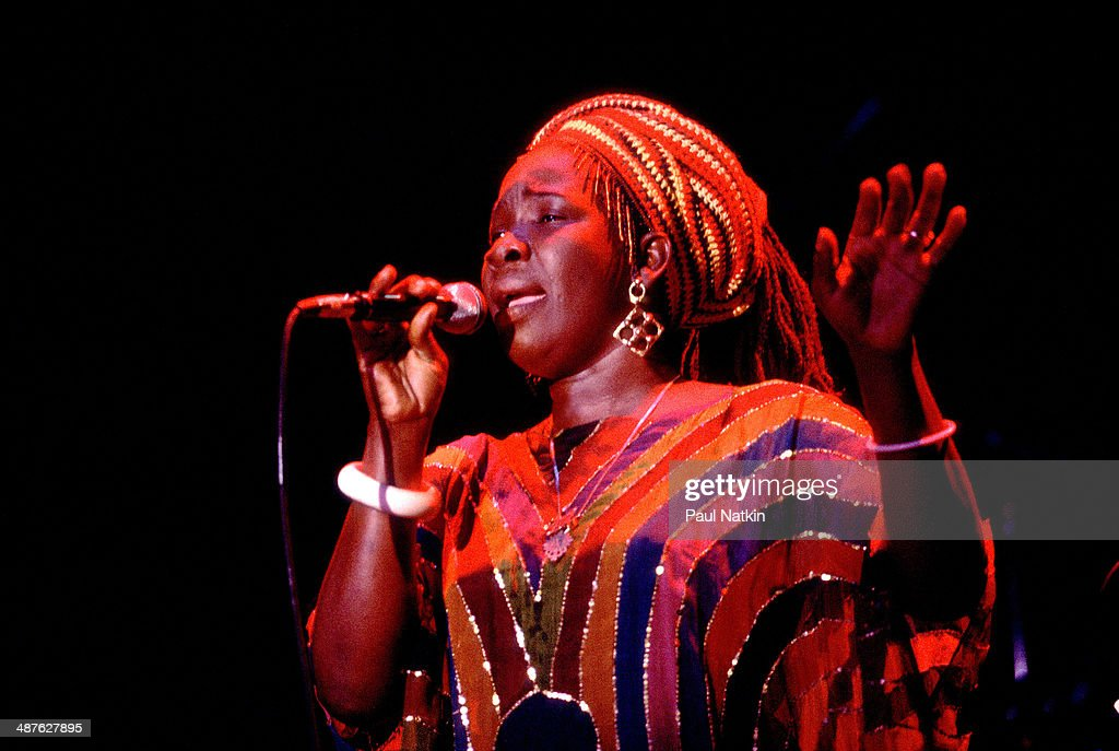 Cuban-born Jamaican musician <a gi-track='captionPersonalityLinkClicked' href=/galleries/search?phrase=Rita+Marley&family=editorial&specificpeople=745253 ng-click='$event.stopPropagation()'>Rita Marley</a> sings during a performance, Chicago, Illinois, September 29, 1982.