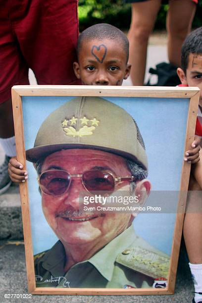 Cubans await the arrival of the remains of Revolution leader Fidel Castro in front of the Moncada barracks on December 3 in Maja Cuba Cubas former...