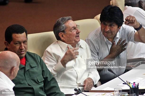 Cuba�s President Raul Castro talks with his counterparts Evo Morales of Bolivia Hugo Chavez of Venezuela and Cuba�s VicePresident Jose Ramon Machado...