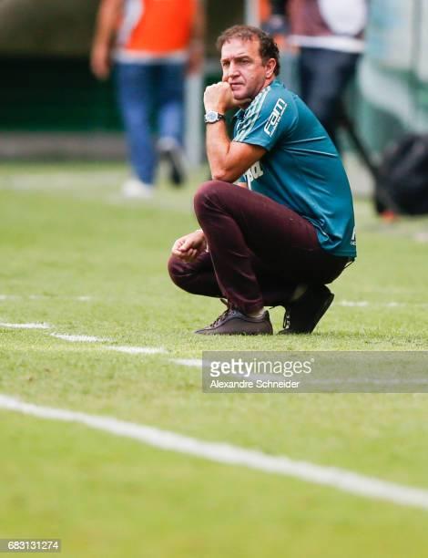 Cuca head coach of Palmeiras looks on during the match between Palmeiras and Vasco da Gama for the Brasileirao Series A 2017 at Allianz Parque...